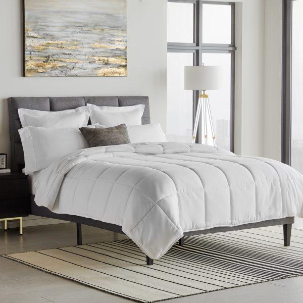 bedroom showing Down Alternative Microfiber Comforter